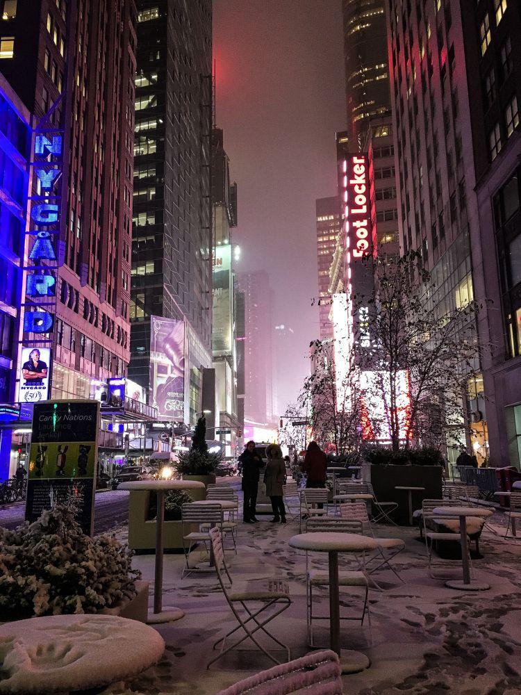 timesquare-newyork-2018-snow.jpg